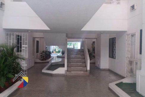 Escalera apartamento en venta Cartagena