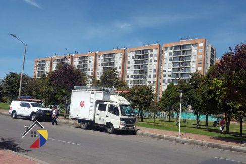 fachada_lombardia_apto_bogota