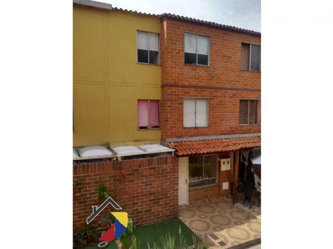fachada-casa.bucaramanga
